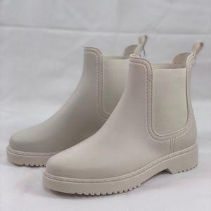 Rubi white rain boots - brand new w/tags, size 6